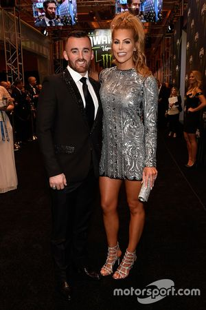 Austin Dillon, Richard Childress Racing Chevrolet, mit seiner Verlobten Whitney Ward