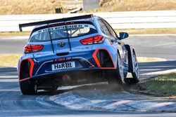 #830 Target Competition Hyundai i30 TCR: Gabriele Tarquini, Nicola Larini, Manuel Lauck