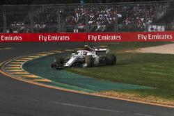 Charles Leclerc, Sauber C37 runs wide