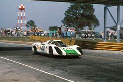 Jo Siffert, Hans Herrmann, Porsche 907 2.2