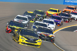 Brad Keselowski, Team Penske, Ford Fusion Alliance Truck Parts, Kyle Busch, Joe Gibbs Racing, Toyota
