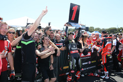 Jonathan Rea, Kawasaki Racing, festeggia