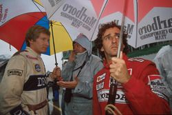 Thierry Boutsen, Williams; Alain Prost, McLaren