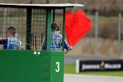 Marshal zwaait de rode vlag in Q1