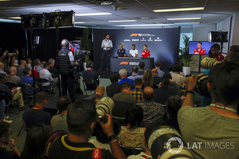 A wide view of the Thursday drivers Press Conference featuring Daniel Ricciardo, Red Bull Racing, Lewis Hamilton, Mercedes AMG F1, and Sebastian Vettel, Ferrari