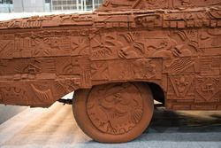 Cartist terracotta car
