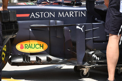 Red Bull Racing RB14 barge boards