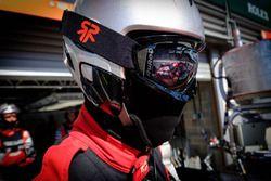 Rebellion Racing mechanic