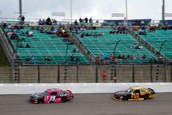 Matt Tifft, Joe Gibbs Racing Toyota Brendan Gaughan, Richard Childress Racing Chevrolet