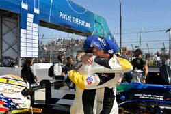 I vincitori GTLM Tommy Milner, Oliver Gavin Corvette Racing