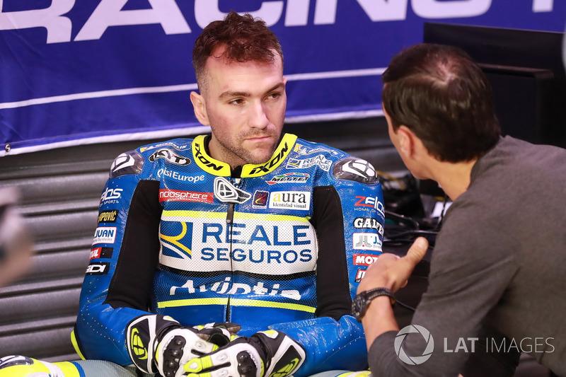 "<img src=""http://cdn-1.motorsport.com/static/custom/car-thumbs/MOTOGP_2018/NUMBERS/simeon2.png"" width=""50"" />Xavier Siméon (Reale Avintia Racing)"