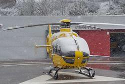 L'elicottero del centro medico sotto la neve