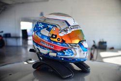 The helmet, Chris Fountas