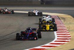 Брендон Хартли, Scuderia Toro Rosso STR13, Карлос Сайнс, Renault Sport F1 Team RS18, Маркус Эрикссон