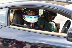 Daniel Ricciardo, Red Bull Racing en Pirelli Hot Laps