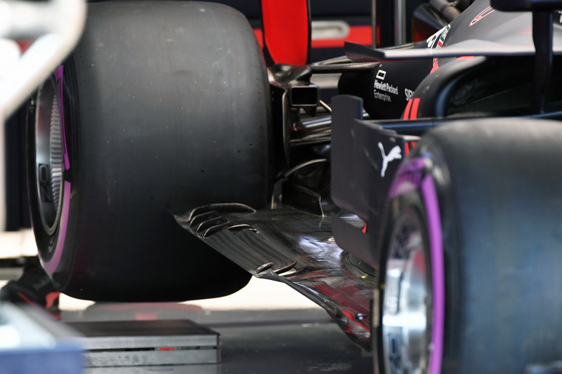 Red Bull Racing RB14 rear floor