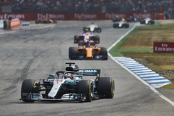 Lewis Hamilton, Mercedes AMG F1 W09, leads Fernando Alonso, McLaren MCL33
