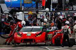#48 Paul Miller Racing Lamborghini Huracan GT3, GTD: Madison Snow, Bryan Sellers, Pit Stop
