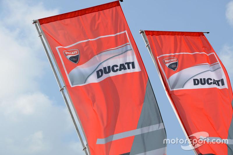Ducati Team flags