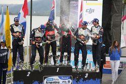 Podium: winners Hayden Paddon, John Kennard, Hyundai Motorsport, second place Sébastien Ogier, Julien Ingrassia, Volkswagen Motorsport, third place Andreas Mikkelsen, Anders Jäger, Volkswagen Motorsport