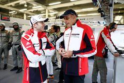 Тимо Бернхард, Porsche Team и Ханс-Йоахим Штук