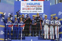 Podium: 1. Simon Dolan, Giedo van der Garde, Harry Tincknell, G-Drive Racing; 2. Stefano Coletti, Ju