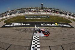 Yarış galibi Sam Hornish Jr., Joe Gibbs Racing Toyota