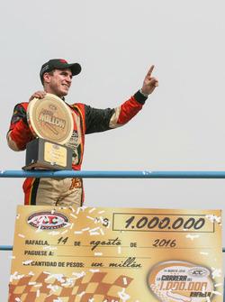 Yarış galibi Mariano Werner, Werner Competicion Ford