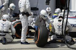 Felipe Massa, Williams FW38 aux stands