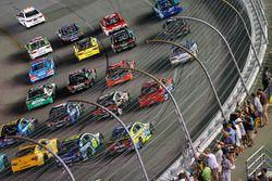 Yarış öncesi gösteri turu