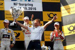 Podium: Best team Stefan Reinhold, BMW Team RMG