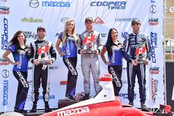 Podium: Sieger Felix Rosenqvist, Belardi Auto Racing; 2. André Negrao, Schmidt Peterson Motorsports;