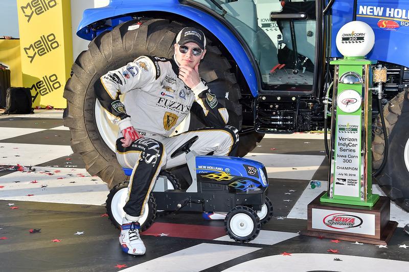 6. El ganador de la carrera Josef Newgarden, Ed Carpenter Racing Chevrolet