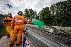 Reinicio: #97 Aston Martin Racing Aston Martin Vantage: Richie Stanaway, Fernando Rees, Jonathan Ada