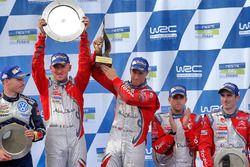 Winners Kris Meeke, Paul Nagle, Citroën DS3 WRC, Citroën World Rally Team, third place Craig Breen, Scott Martin, Citroën World Rally Team