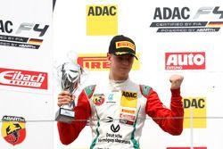 Podium: second place Mick Schumacher, Prema Powerteam