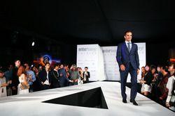 Marc Gene, collaudatore Ferrari all'Amber Lounge Fashion Show.