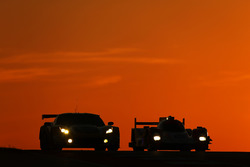 #50 Larbre Competition Corvette C7.R: Ricky Taylor, Lars Viljoen, Pierre Ragues, #44 Manor Oreca 05 - Nissan: Matthew Rao, Richard Bradley, Roberto Merhi