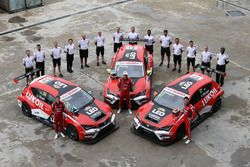 Джеймс Нэш, Пепе Ориола и Сергей Афанасьев, SEAT León, Team Craft-Bamboo Lukoil
