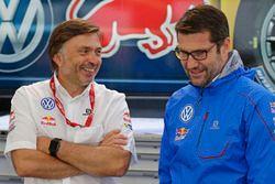 Jost Capito, directeur de Volkswagen Motorsport, et le directeur technique Francois-Xavier Demaison
