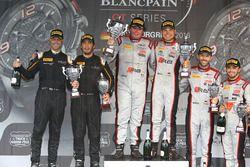 Podio: ganador de la carrera #33 Belgian Audi Club Team WRT Audi R8 LMS GT3: Enzo Ide, Christopher Mies, segudo lugar #58 Garage 59 McLaren 650S GT3: Rob Bell, Alvaro Parente, tercer lugar #28 Belgian Audi Club Team WRT Audi R8 LMS Ultra: Will Stevens, René Rast