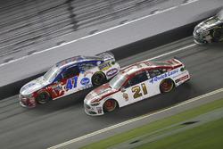 A.J. Allmendinger, JTG Daugherty Racing Chevrolet, Ryan Blaney, Wood Brothers Racing Ford