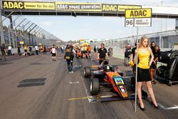 Gridgirl Joseph Mawson, Van Amersfoort Racing