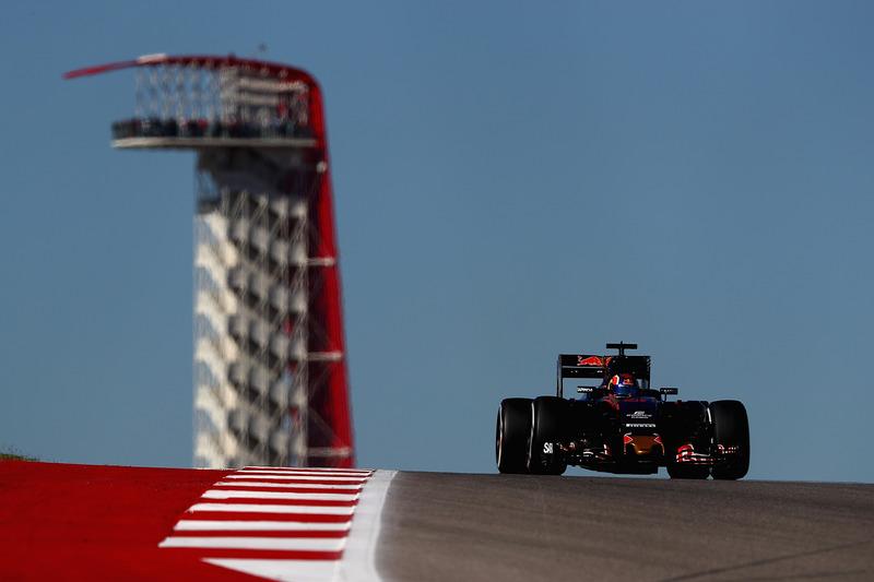 2016 год. За рулем болида Toro Rosso STR11 на пятничной тренировке