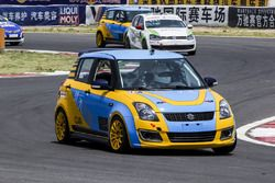 CUS racing team-Suzuki Swift