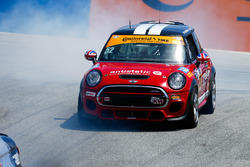#52 MINI JCW Team MINI Cooper John Cooper Works: Ramin Abdolvahabi, James Vance