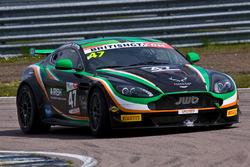 #47 JWB Motorsport Aston Martin GT4 Challenge: Kieran Griffin, Jake Giddings