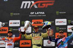 El podio: Antonio Cairoli, Tim Gajser y Romain Febvre