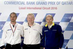 Piero Taramasso, Michelin Motorsport iki tekerlek başkanı ve Pascal Couasnon, Michelin Motorsport Direktörü; Nicolas Goubert, Michelin Motorsport Teknik Direktör Vekili