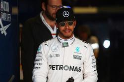 Le poleman Lewis Hamilton, Mercedes AMG F1 Team dans le Parc Fermé